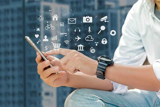 Connected mobile device